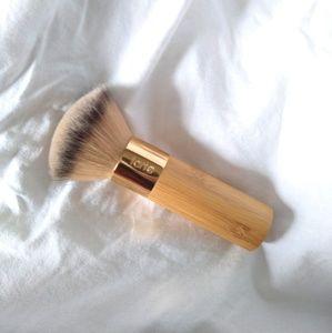 "Tarte ""The Buffer"" airbrush finish foundatio brush"